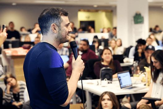 Gary Vaynerchuk Told Us How He Decides Which Employees to Promote and Let Go