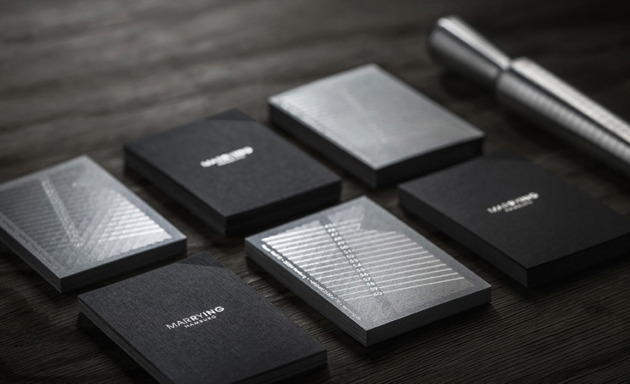 Jewelers clever business card rolls into a ring sizer adweek colourmoves