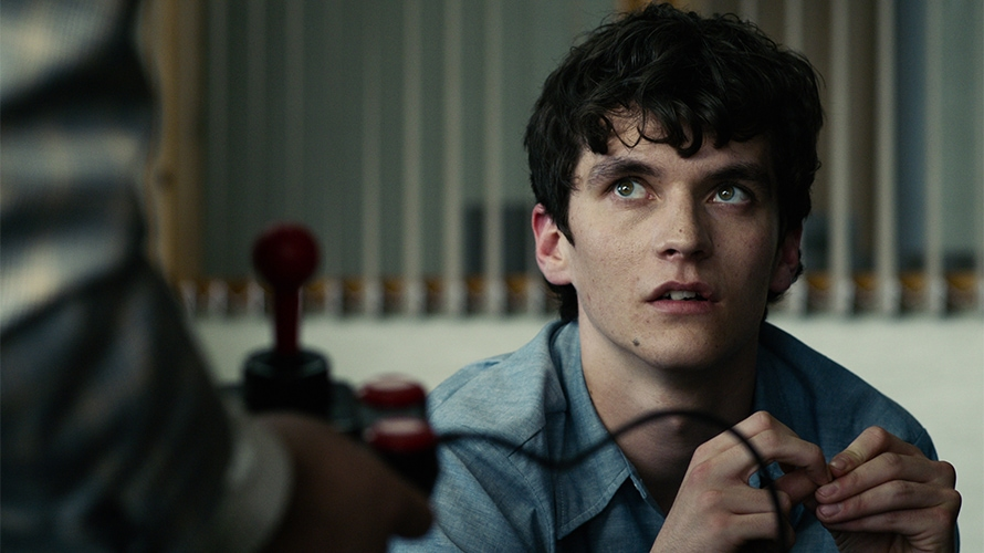The main character of Black Mirror's Bandersnatch twiddles his thumbs