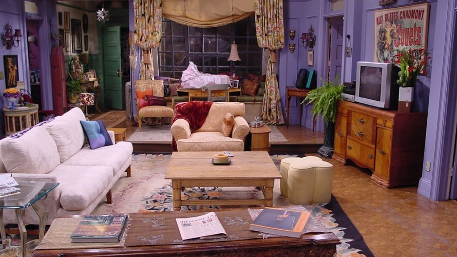 The living room of an apartment in Friends is shown.