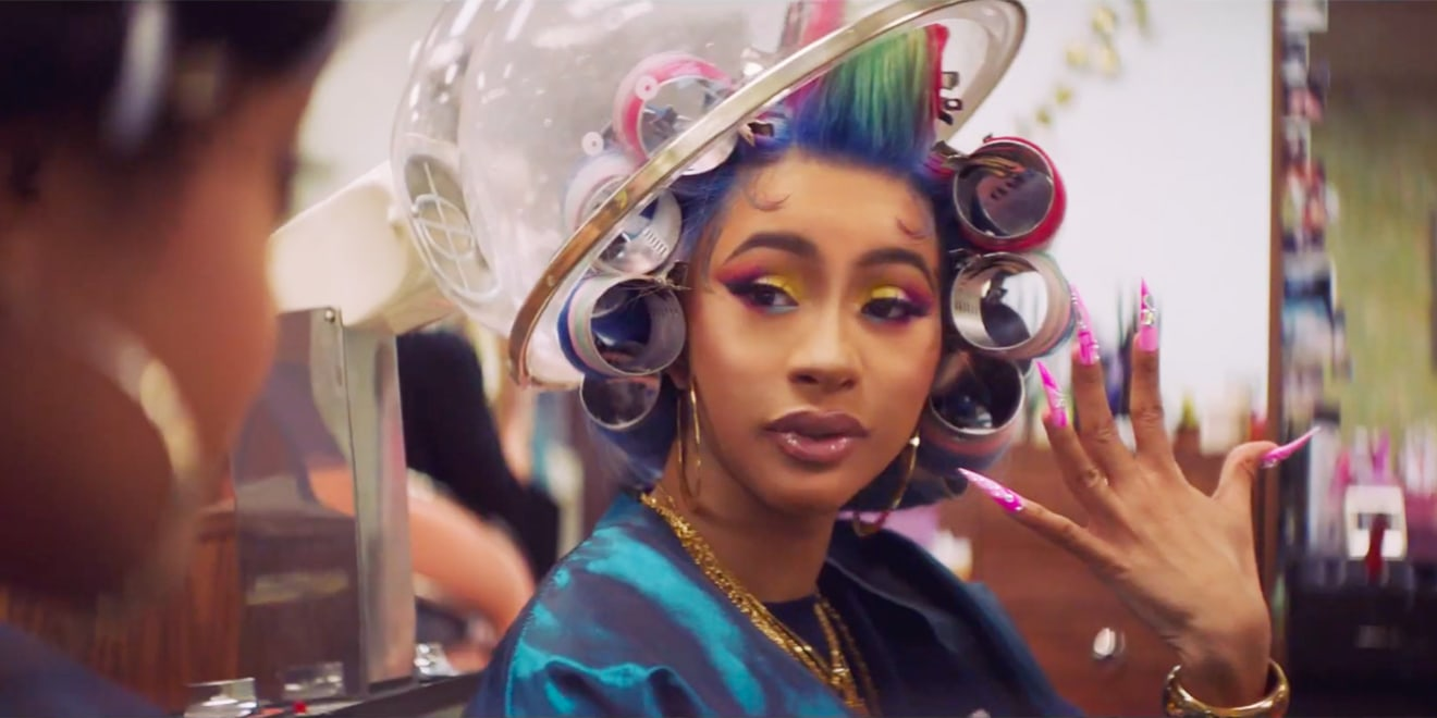 Cardi B at the salon showing her nails