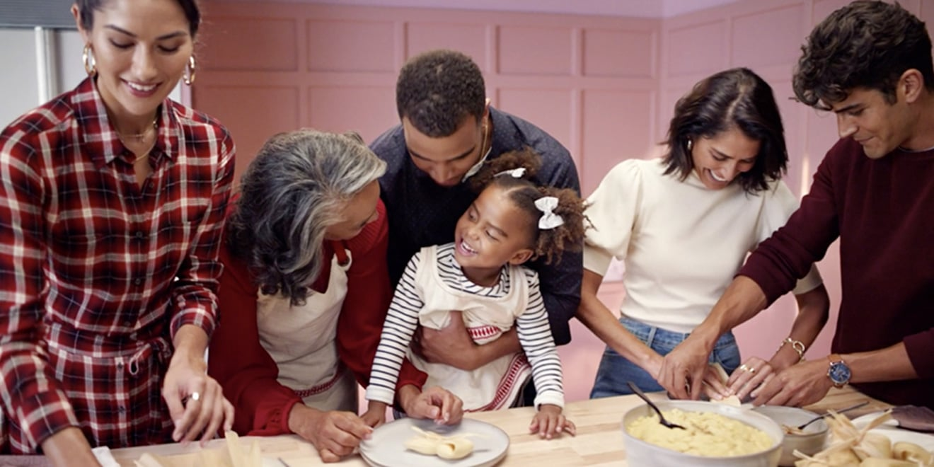 Target S Holiday Campaign Features A Cast Of 125 In Nearly 100 Scenes