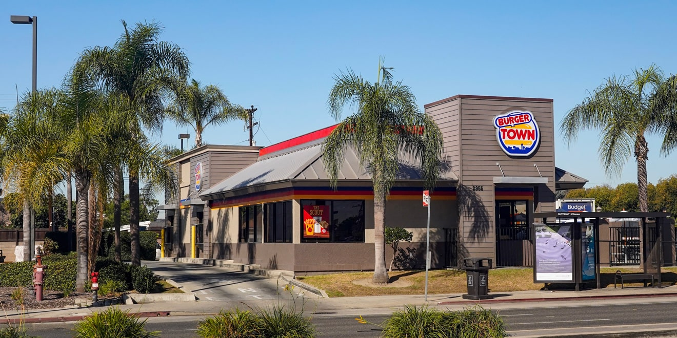a burger king restaurant with the sign changed to burger town from call of duty