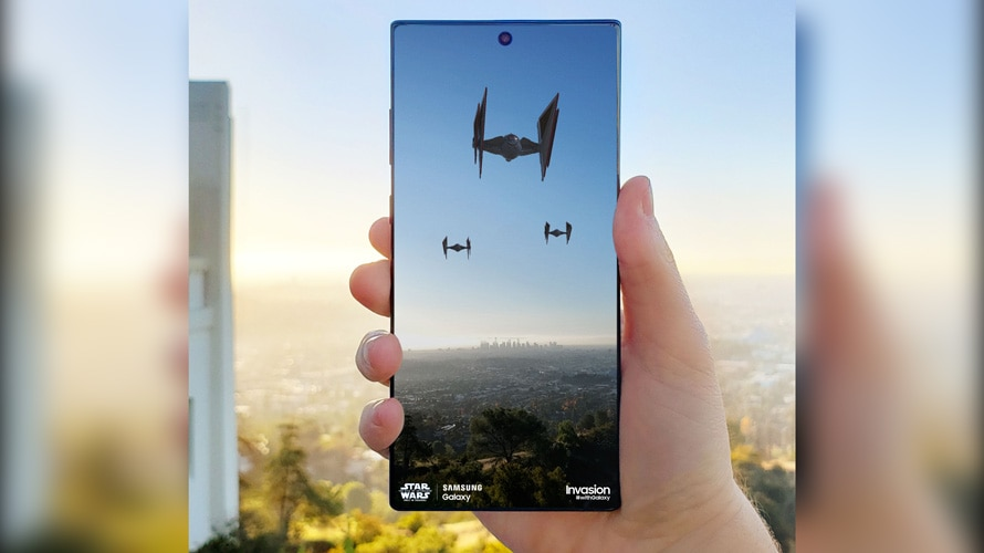 Samsung device with AR Star Wars ships