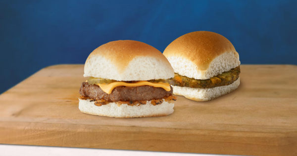 The First U.S. Hamburger Chain With Plant-based Cheese