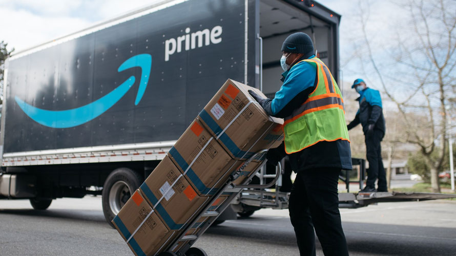 amazon prime delivery person