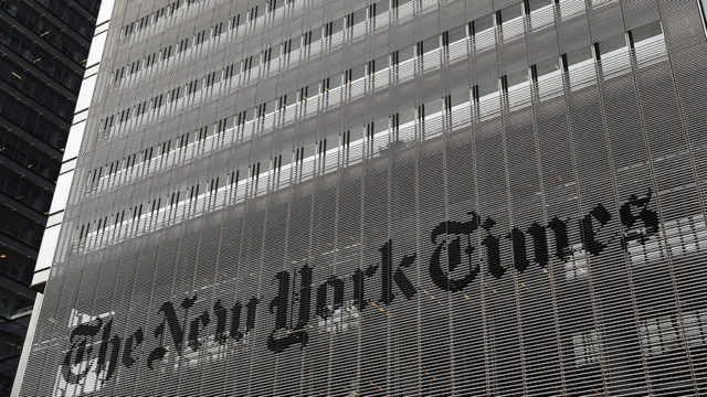 Even as Ad Revenue Drops, New York Times Sets Subscription Records