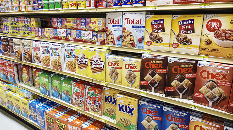 Photo of a cereal aisle in a grocery story