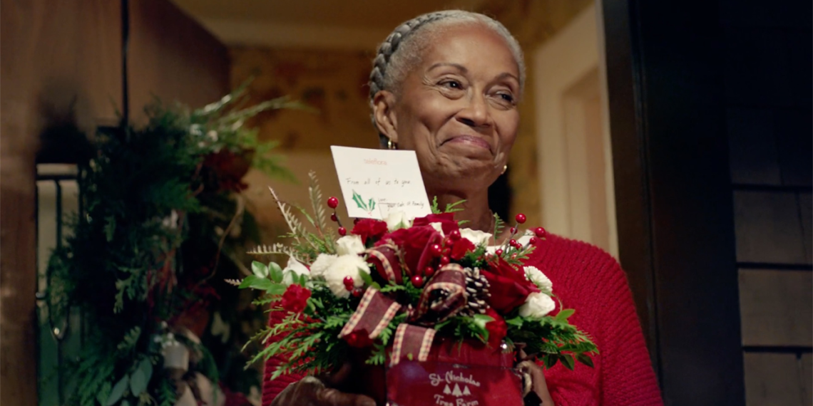 Screenshot from the Teleflora holiday ad