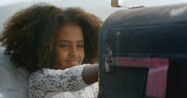 Toyota Celebrates the Frontline and Family in Touching Holiday Spot