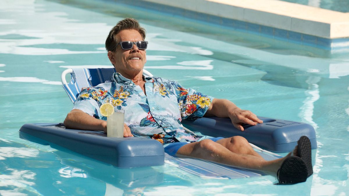 Kevin Bacon in a pool