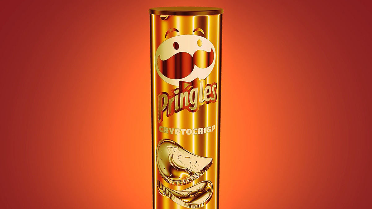 a golden canister of pringles with the name