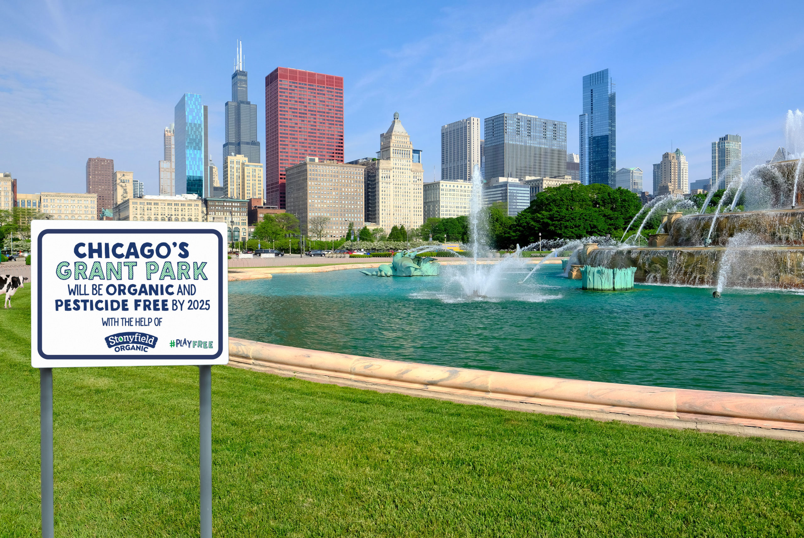 A sign in Chicago's Grant Park that commits to organic conversion