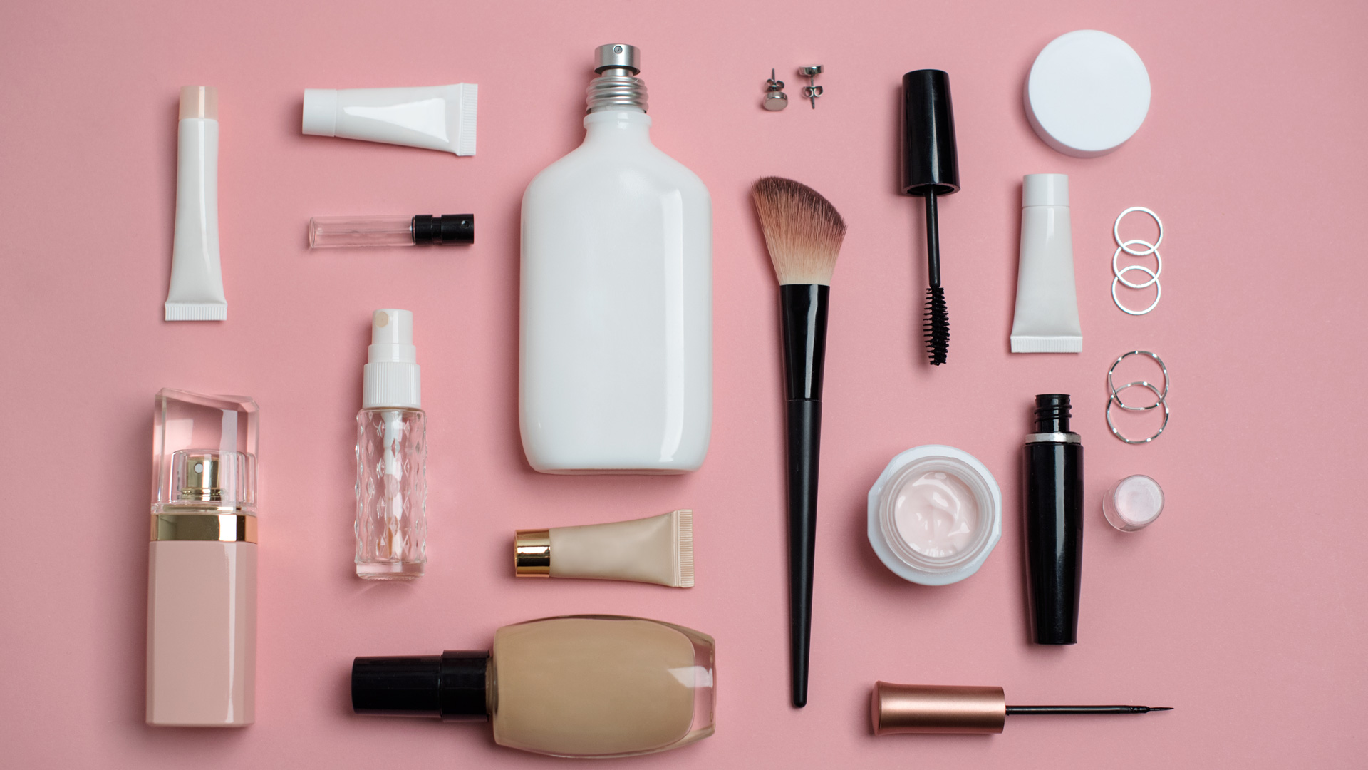 Marie Claire is breaking into the beauty ecommerce space with a new shopping platform.