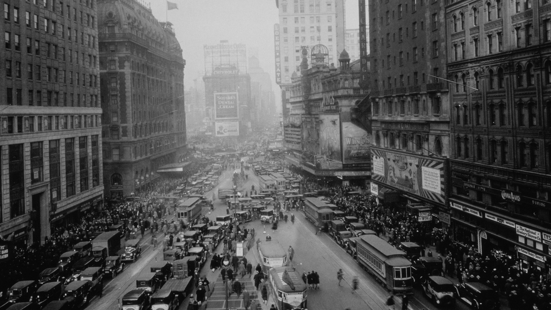 a picture of nyc in the 20s