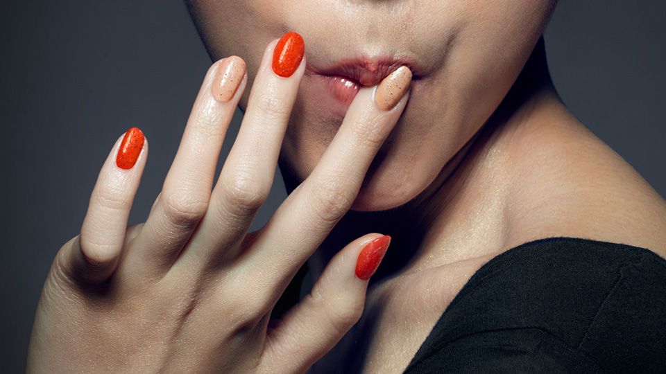 KFC Just Made Edible \'Finger Lickin\' Good\' Nail Polish That, Yeah ...